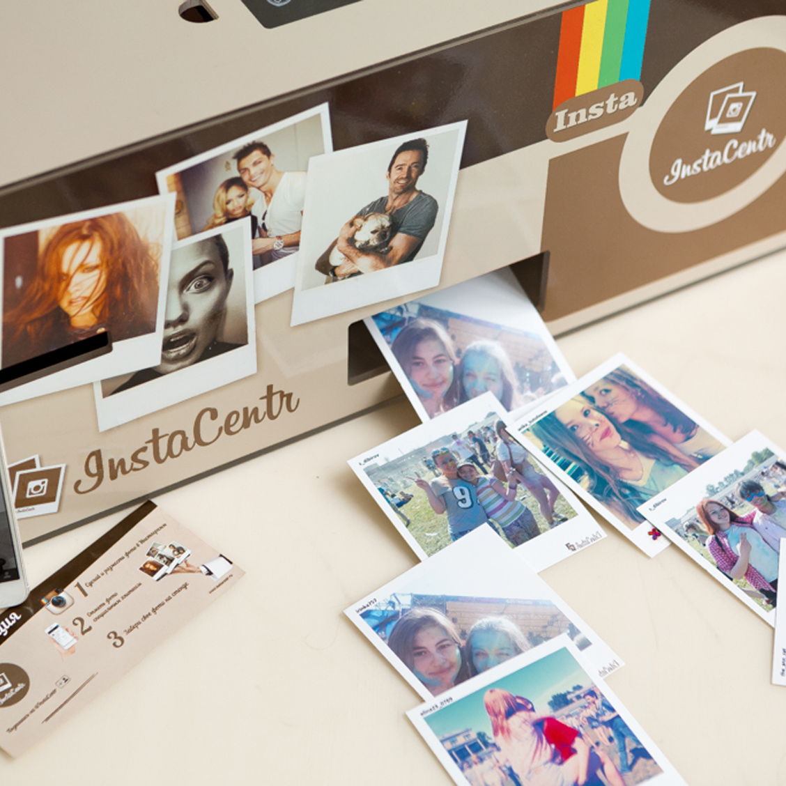 """FUGA"" moment photo printer"